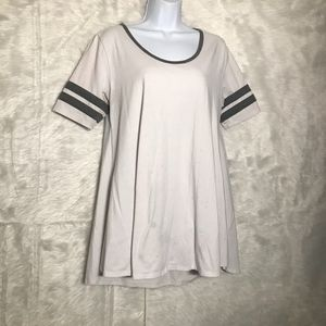 lulaRoe Size Medium perfect T White w/grey stripes